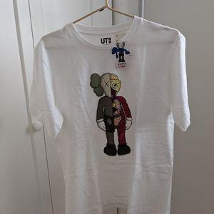 KAWS x Uniqlo T-Shirt